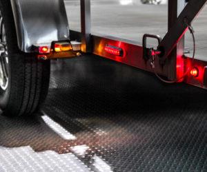 Bezpieczna jazda z przyczepą samochodową
